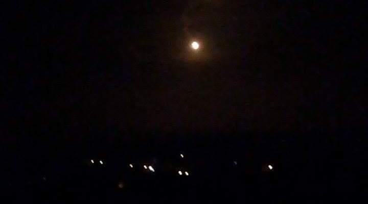 النشرة: الجيش الاسرائيلي أطلق قنابل مضيئة فوق مرتفعات سدانة