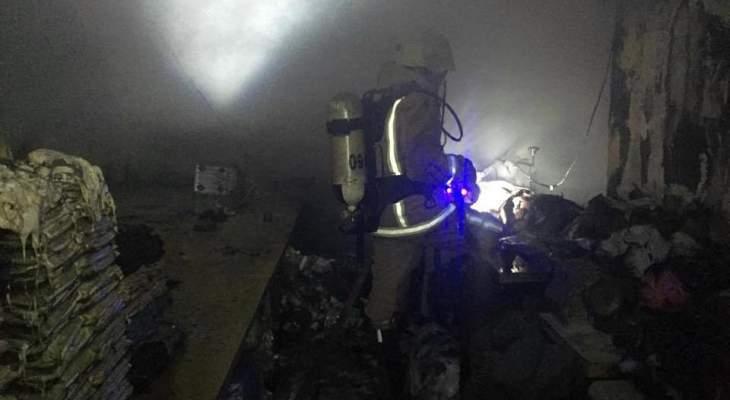 الدفاع المدني: حريق داخل معمل للخياطة في حي السلم وآخر شب بسيارة في جدرا
