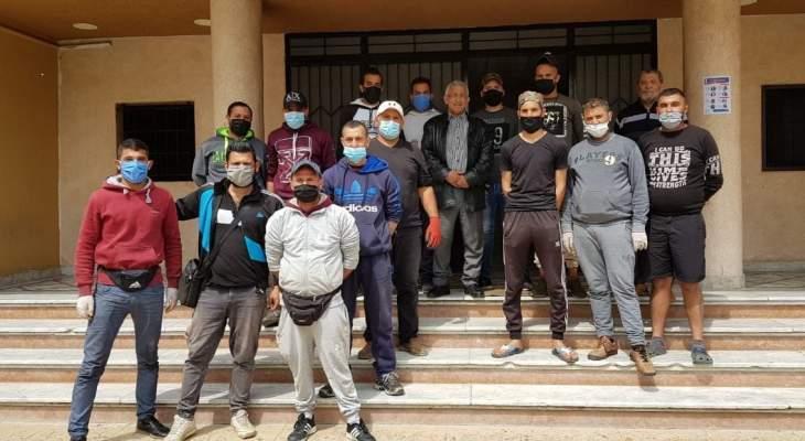 أسامة سعد اتصل بالعميد شمس الدين الذي سمح لبائعي الخضار على العربات بمزاولة عملهم ضمن شروط