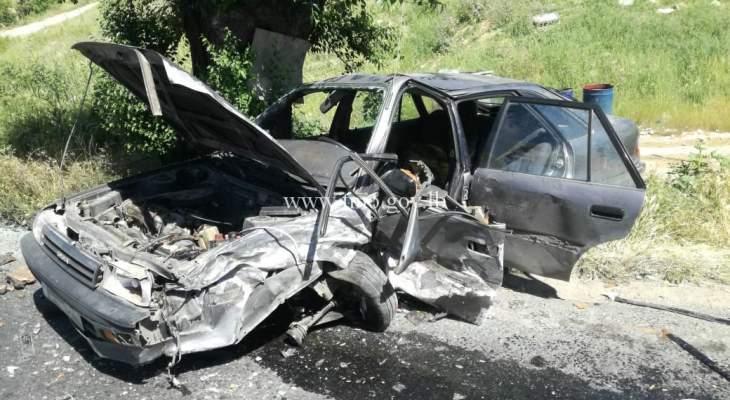 3 جرحى نتيجة تصادم بين سيارتين على طريق عام مكسة باتجاه شتورا