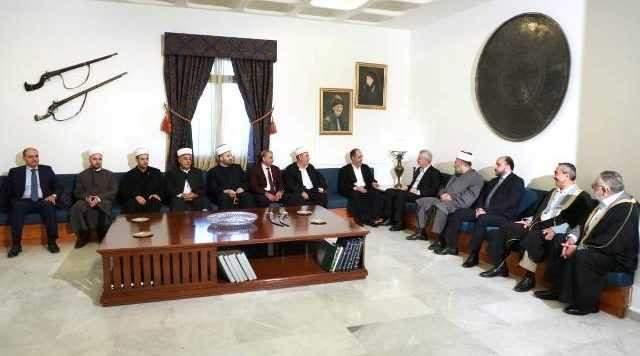 فرنجية استقبل زاسبكين والقائم برئاسة المجلس الاسلامي العلوي