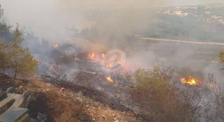 رئيس بلدية مزرعة يشوع للنشرة: النيران مازلت مشتعلة بالاحراج وسيطرنا عليها قرب المنازل