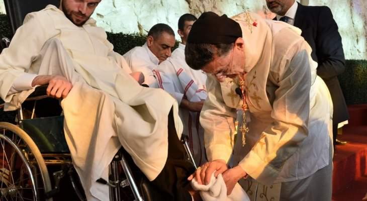 الراعي برتبة الغسل في بكركي: المسيح يصنع الأسرار بواسطة خدمة الكهنوت وقوة الروح القدس