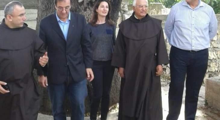 فوشيه تابع جولته في عكار وزار دير مار ضوميط للاباء الكرمليين في القبيات