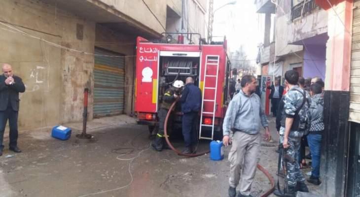 الدفاع المدني اخلاء مواطنين وسحب مصابين واطفاء حرائق بمخيم برج البراجنة