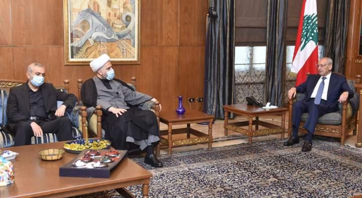 بري إستقبل سفير تشيكيا وسقلاوي والمفتي قبلان وأبرق إلى الجزائر معزياً بالرئيس بن صالح