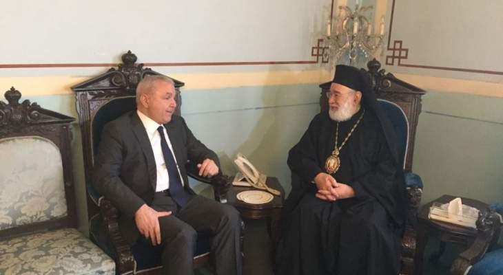 الياس المر بعد لقاء عوده: أمنيتنا أن يكون التمثيل الأرثوذكسي على المستوى الذي اعتاده البلد