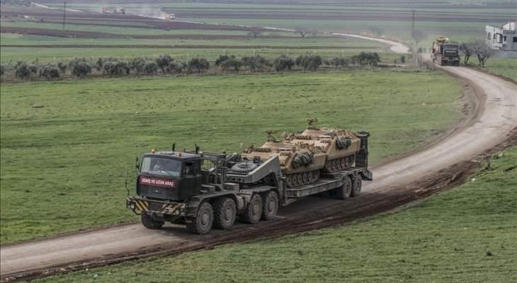 الجيش التركي أرسل قافلة تعزيزات عسكرية جديدة إلى وحداته على الحدود السورية