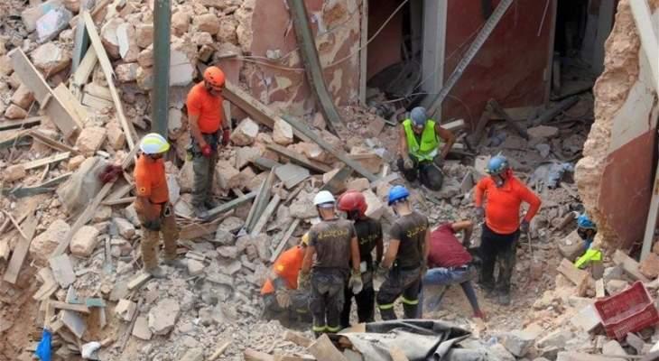استمرار عملية البحث عن ضحايا جراء انفجار مرفأ بيروت في منطقة مار مخايل
