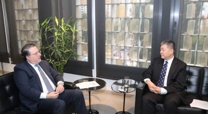 السفير الصيني يؤكد لشقير استعداد الصين الدائم للوقوف الى جانب لبنان