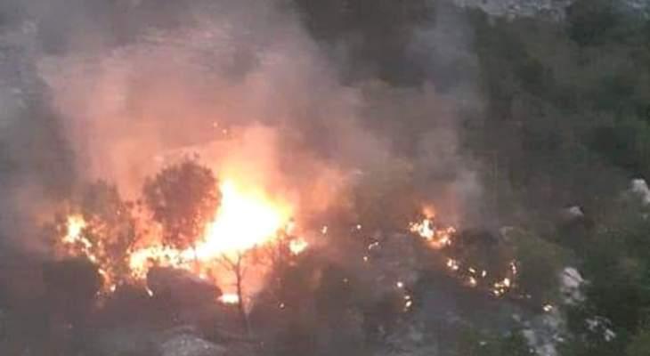 إخماد النيران بين العبادية وضهور العبادية وانتهاء عمليات تبريد رقعة الحريق