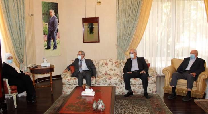 """بهية الحريري التقت """"تجمع المؤسسات الأهلية في صيدا والجوار"""""""