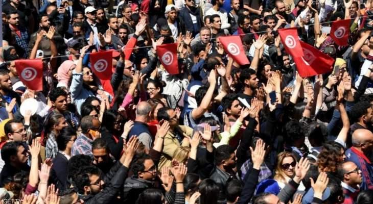 الغارديان:تونس آخر المعاقل المتبقية على الطريق الديمقراطي من بلدان الربيع العربي
