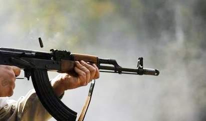 النشرة: إطلاق نار داخل مخيم عين الحلوة اثر إشكال فردي وقع بين شخصين بحي المنشية