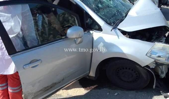 قتيلان وجريحان نتيجة إصطدام سيارة بالفاصل الاسمنتي على جسر وزارة الدفاع اليرزة