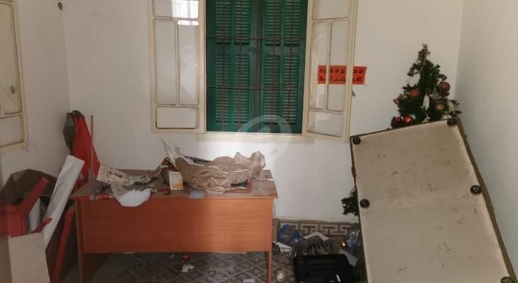 """النشرة: اقتحام مكاتب """"التيار الوطني الحر"""" في طرابلس"""