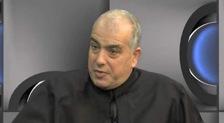 أبو كسم: نأمل خيرا بأن ينجح المسؤولون بوضع الخطة الإقتصادية للخروج من الأزمة