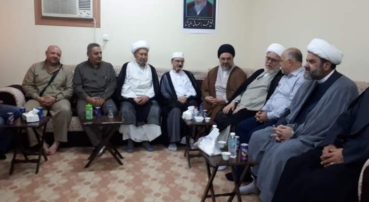 وفد من حركة امل جال على عدد من مكاتب المراجع الدينية في مكة المكرمة