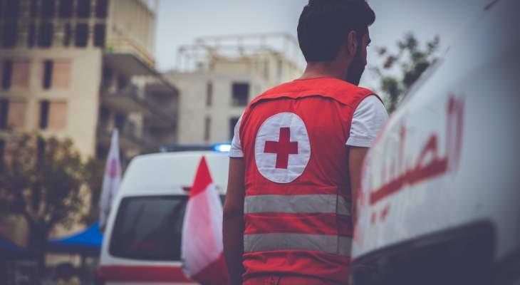 الصليب الأحمر: نقل 18 جريحا إلى المستشفيات وإسعاف 140 مصابا بوسط بيروت