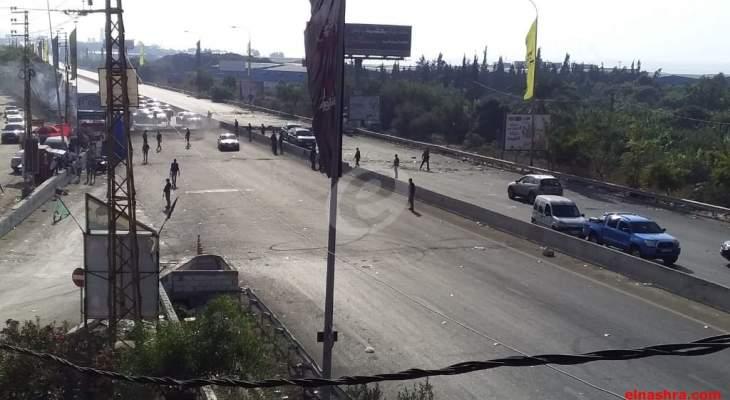النشرة: اعادة فتح اوتوستراد الغازية بالإتجاهين من قبل مخابرات الجيش