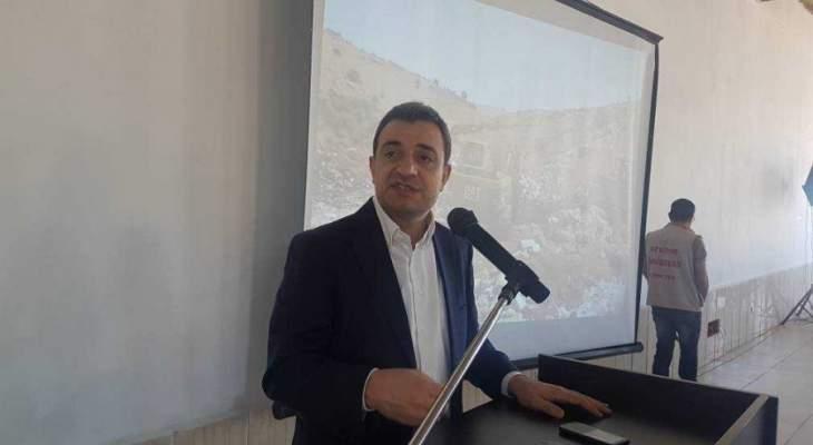 ابو فاعور: بحثنا مع وزير العمل خصوصية العمال الفلسطينيين الذين يساهمون بالدورة الاقتصادية