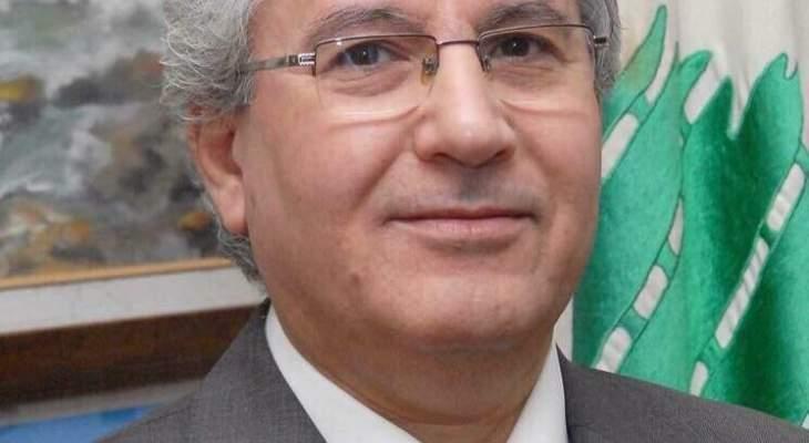 بين عرب الهوية والكرامة وعرب المهانة والمذلة