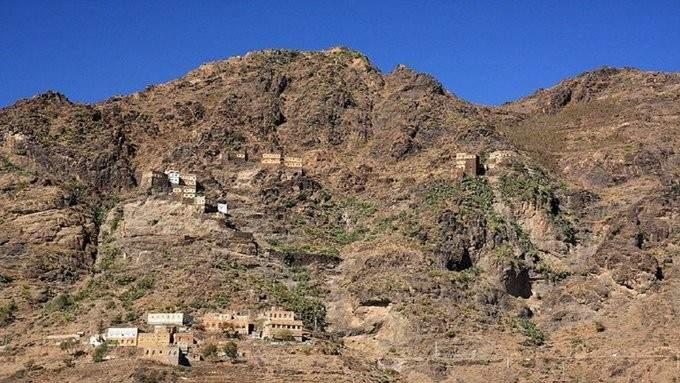 """الجيش اليمني: مقتل 83 من جماعة """"أنصار الله"""" في معارك استمرت 35 ساعة غربي مأرب"""