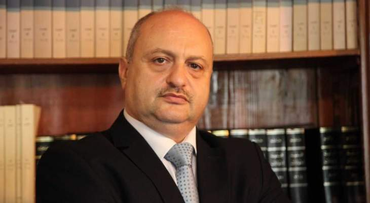 زخور: قرار سرحان مخالف للقانون والدستور ويدعوه لتحمل المسؤولية القانونية