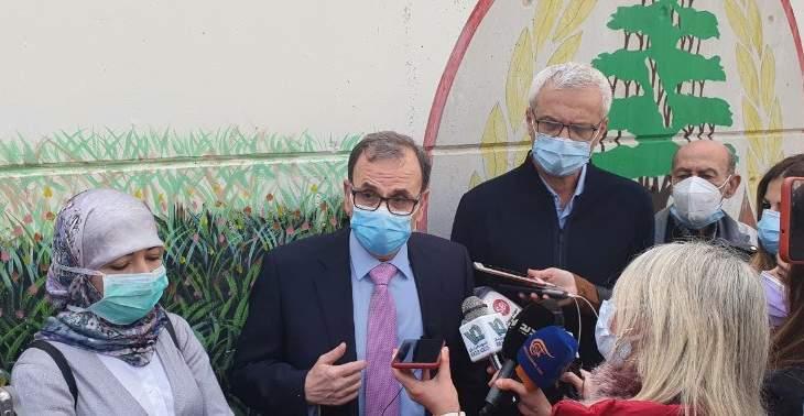 النشرة: البزري أشرف على عملية التلقيح في مدينة صيدا