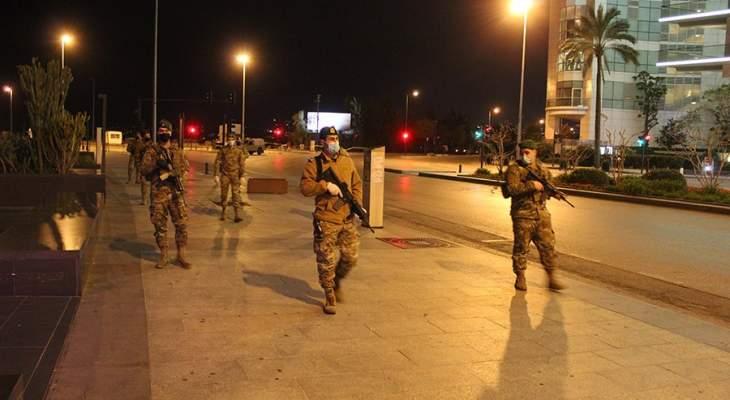الجيش أعلن تنفيذ إجراءات استثنائية تطبيقاً لقرار حظر التجوّل