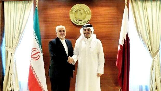 ظريف: أمن الخليج الفارسي مسؤولية دول المنطقة وليس القوات الأجنبية