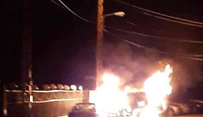 حريق بسيارة في سير الضنية والقوى الامنية فتحت تحقيقا