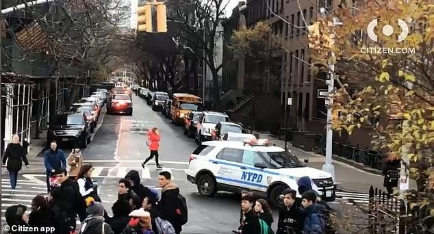 إخلاء تلاميذ مدرسة ثانوية في بروكلين بعد تهديد بوجود قنبلة