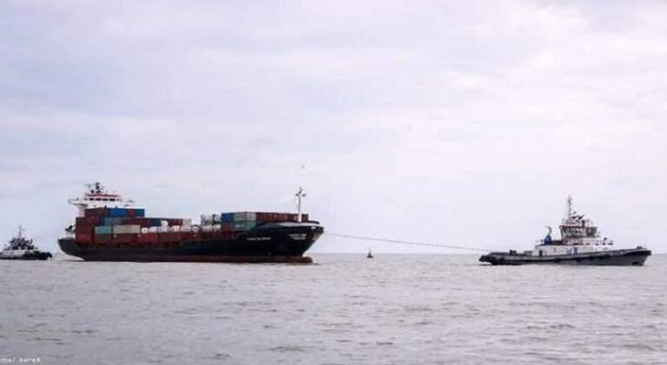 سفينة حاوية مصرية أطلقت نداء إغاثة بميناء دمياط والقاطرات نجحت بجرها