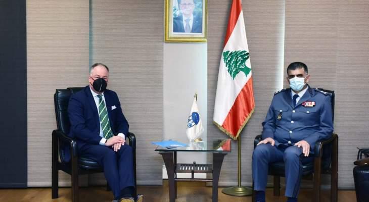 اللواء عثمان التقى ديل كول وبحث معه سبل تعزيز التعاون مع اليونيفيل