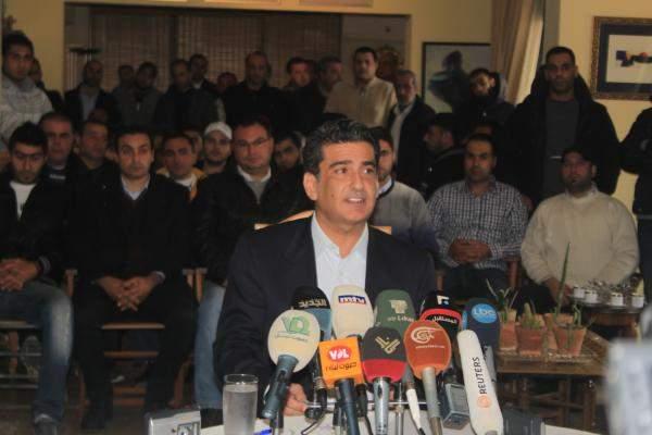 الاحدب: لتعيين حكومة انتقالية ولن نقبل بأي تسوية تعيد انتاج السلطة نفسها