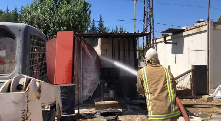 النشرة: الدفاع المدني أخمد حريقا بخزان مازوت في شركة مقاولات في زحلة
