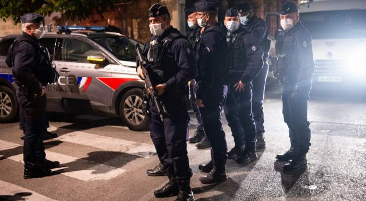 الشرطة الفرنسية اعتقلت شخصين بشبهة قتل أحد عناصرها بالرصاص في أفينيون