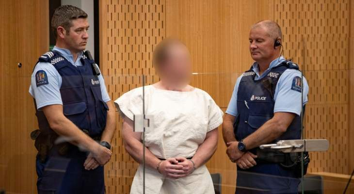 مرتكب مجزرة المسجدين في نيوزيلندا يدفع ببراءته