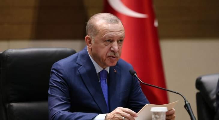 اردوغان أبرق لعباس معزيا بعريقات: بذل جهودا مكثفة من أجل القضية الفلسطينية