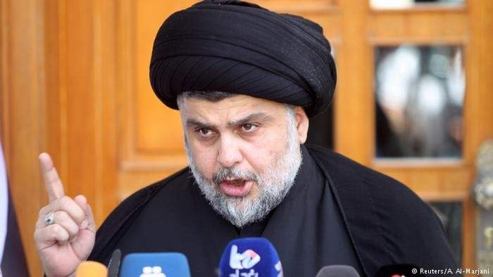 مقتدى الصدر يدعو لتظاهرة مليونية بعد محاولة الهجوم على منزله