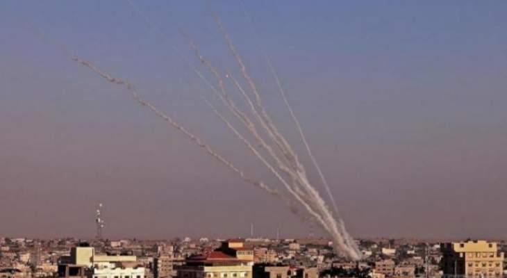 أدرعي: 120 صاروخا سقطوا من قطاع غزة نحو إسرائيل بالساعات الماضية