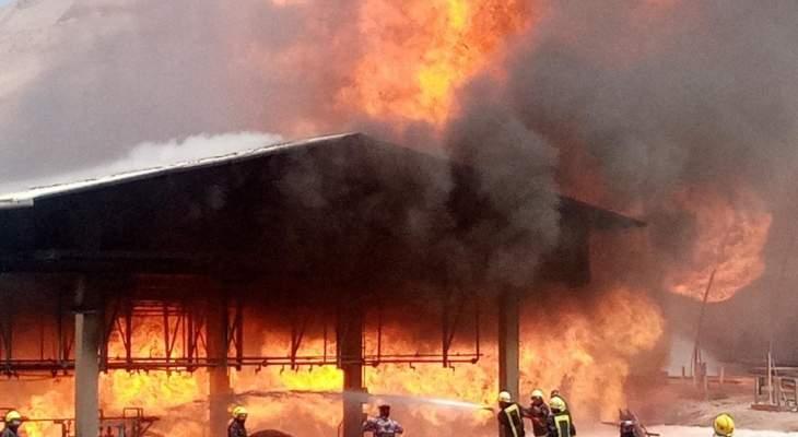 الدفاع المدني الأردني أخمد حريقا في 4 خطوط ناقلة للنفط بمحافظة العقبة