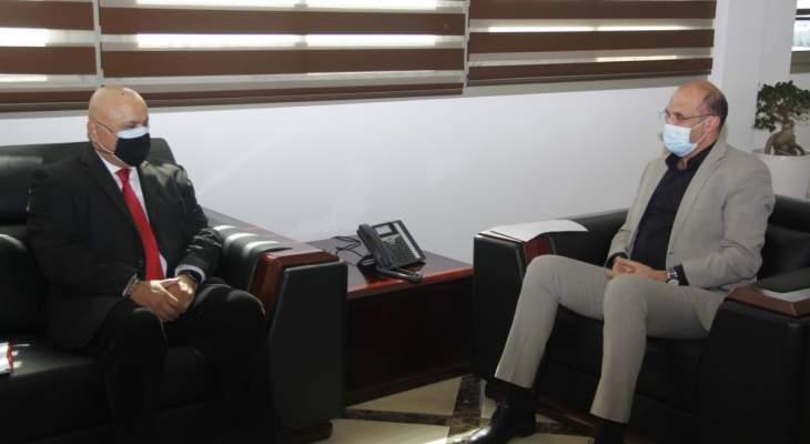 كومار التقى حسن: الحملة عادلة وتسير بشكل جيد ومسألة تلقيح نواب باتت وراءنا