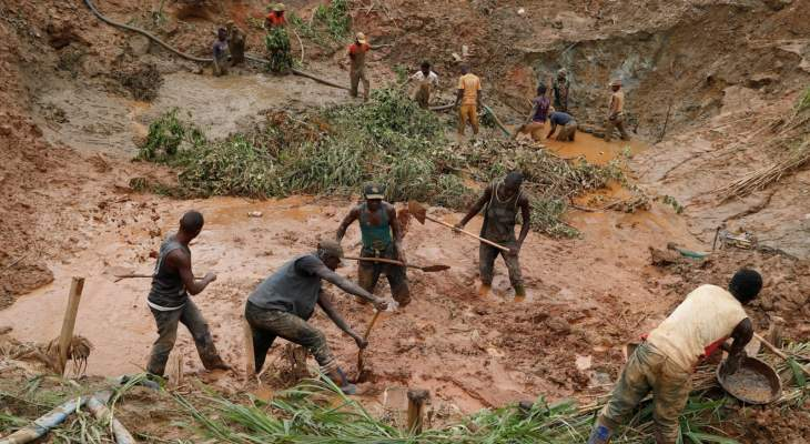 سقوط 50 قتيلا على الأقل بانهيار منجم للذهب شرق الكونغو