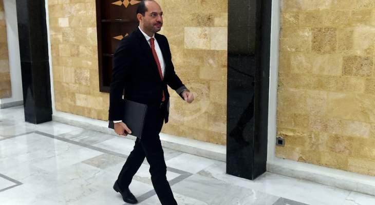 حسن مراد: لا بد من التواصل الرسمي مع الحكومة السورية لتفعيل وتطبيق الإتفاقيات