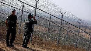 حرس الحدود البولندي أنقذ مهاجرين علقوا في مستنقع
