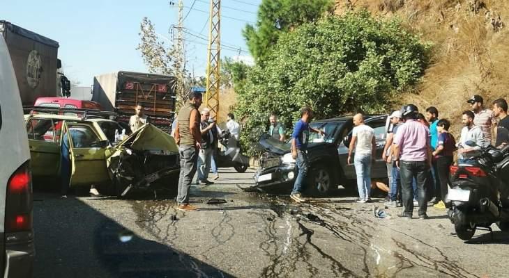 النشرة: سقوط جريح بحادث سير على طريق عام عاريا الكحالة