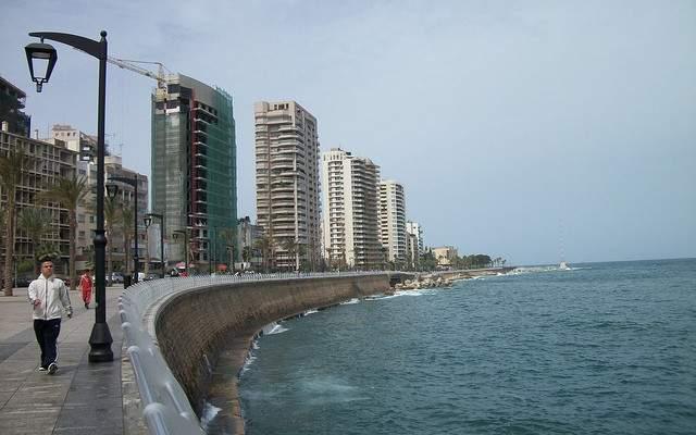 إخلاء كورنيش الميناء من المواطنين لمخالفتهم قرار التعبئة العامة