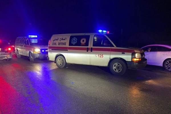 الدفاع المدني: 3 جرحى جراء بتصادم 4 سيارات على طريق عام الحوش صور